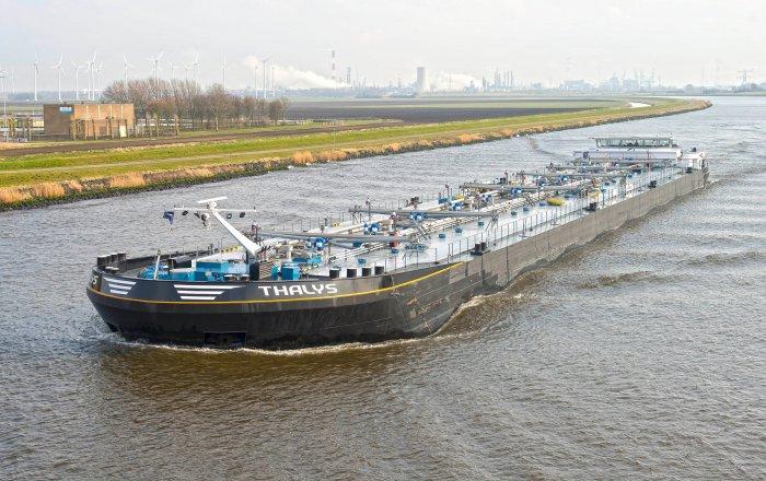 THALYS Tanker, Beroepsschip  for sale by Kriesels Shipbroker BV