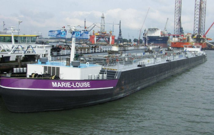 Tanker MARIE LOUISE, Professional ship(s)  for sale by Kriesels Shipbroker BV