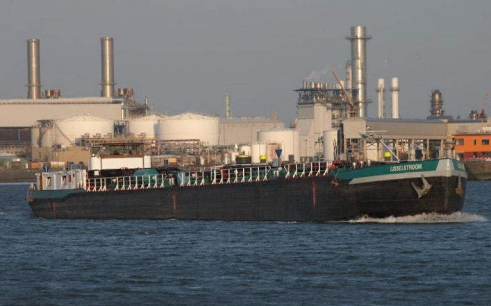 Tanker IJSSELSTROOM, Professional ship(s)  for sale by Kriesels Shipbroker BV