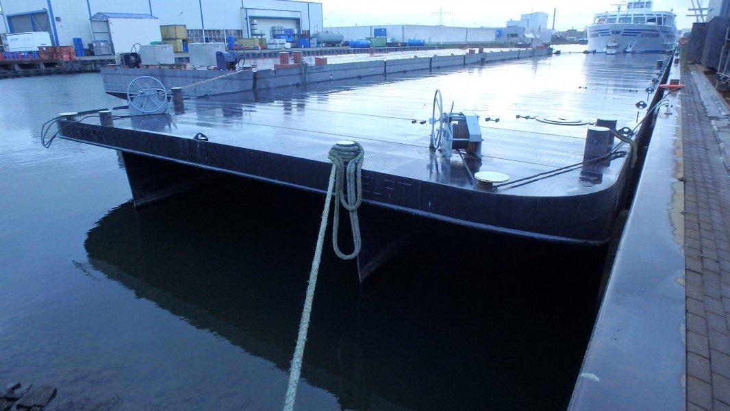 PONTON, Beroepsschip  for sale by Kriesels Shipbroker BV