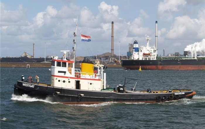Ex Marine Sleepboot, Beroepsschip  for sale by Kriesels Shipbroker BV