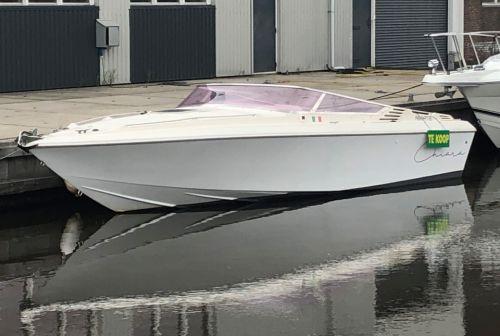 Bruno Abbate Primalist 27, Speed- en sportboten  for sale by Rinze Vlieg. Binnenboordmotor.nl