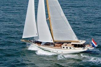 , Klassiek scherp jacht  for sale by Amsterdam Yacht Consultancy