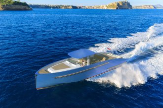 , Speedboat and sport cruiser  for sale by Amsterdam Yacht Consultancy
