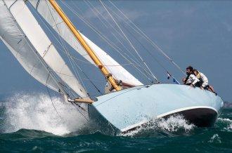 ,Klassiek scherp jacht for sale byAmsterdam Yacht Consultancy