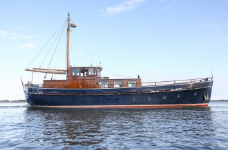 , Motorjacht  for sale by Amsterdam Yacht Consultancy