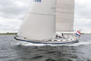 Hallberg-Rassy 53 Photo 15