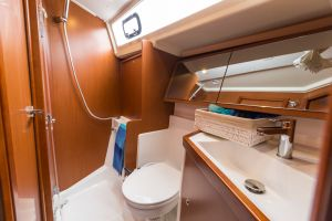 Beneteau Oceanis 41.1 Photo 71