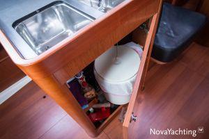 Beneteau Oceanis 34 3-cabin Photo 44