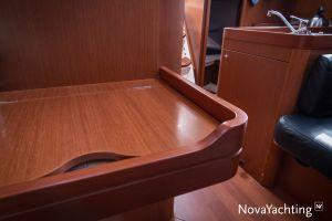 Beneteau Oceanis 34 3-cabin Photo 36