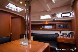 Beneteau Oceanis 34 3-cabin Photo 20
