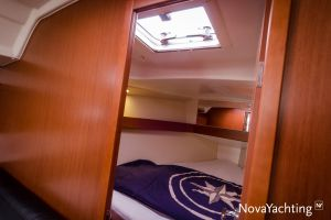 Beneteau Oceanis 34 3-cabin Photo 19