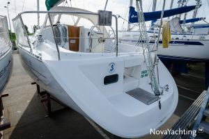 Beneteau Oceanis Clipper 311 Photo 36