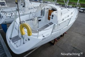 Beneteau Oceanis Clipper 311 Photo 2