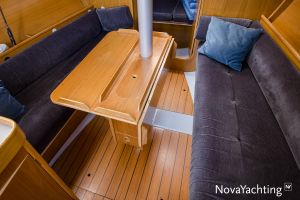 Beneteau First 285 Photo 29