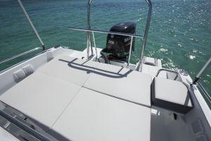 Beneteau Flyer 5.5 Outboard Photo 5