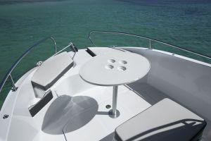 Beneteau Flyer 5.5 Outboard Photo 9