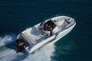 Beneteau Flyer 6.6 Outboard Photo 4