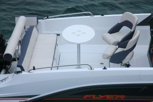 Beneteau Flyer 6.6 Outboard Photo 8
