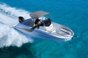 Beneteau Flyer 7.7 Outboard Photo 1