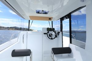 Beneteau Barracuda 6 Outboard Photo 4