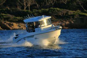 Beneteau Barracuda 6 Outboard Photo 2