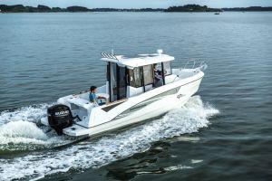 Beneteau Barracuda 7 Outboard Photo 1