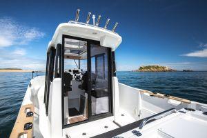 Beneteau Barracuda 7 Outboard Photo 5