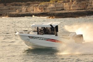 Beneteau Barracuda 8 Outboard Photo 3