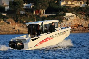 Beneteau Barracuda 8 Outboard Photo 2