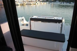 Beneteau Barracuda 8 Outboard Photo 7