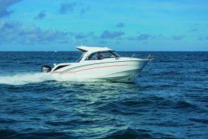 Beneteau Antares 8 Outboard Photo 1