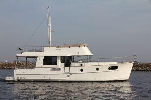 Beneteau Swift Trawler 44 Photo 7