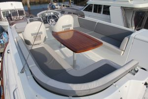 Beneteau Swift Trawler 44 Photo 18