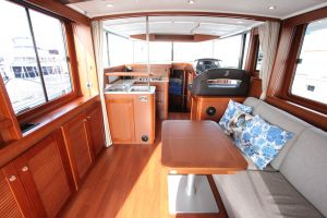 Beneteau Swift Trawler 44 Photo 7