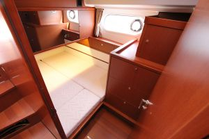 Beneteau Swift Trawler 44 Photo 11