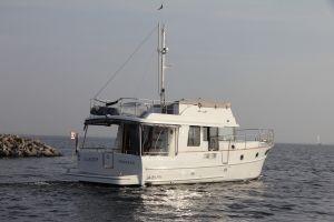 Beneteau Swift Trawler 44 Photo 6
