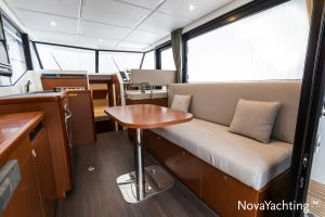 Beneteau Swift Trawler 30 Photo 10