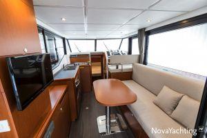 Beneteau Swift Trawler 30 Photo 2