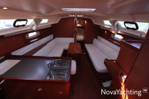 Beneteau Oceanis 34 Photo 2