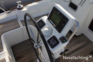 Beneteau Oceanis 34 Photo 4