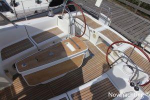 Beneteau Oceanis 43 3-cabin Photo 13