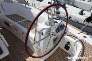 Beneteau Oceanis 43 3-cabin Photo 17