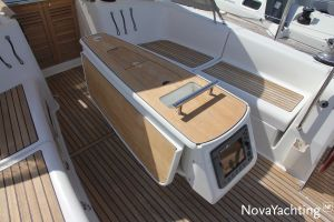Beneteau Oceanis 43 3-cabin Photo 15