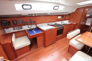 Beneteau Oceanis 43 3-cabin Photo 25