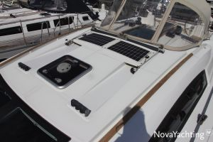 Beneteau Oceanis 43 3-cabin Photo 7