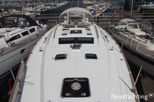 Beneteau Oceanis 43 3-cabin Photo 10