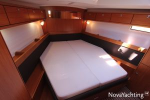 Bavaria 46 Cruiser 3-cabin Photo 36