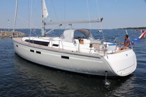 Bavaria 46 Cruiser 3-cabin Photo 2