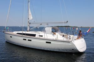 Bavaria 46 Cruiser 3-cabin Photo 9